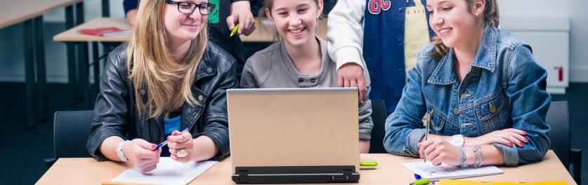 Des étudiants sur leur espace numérique de travail