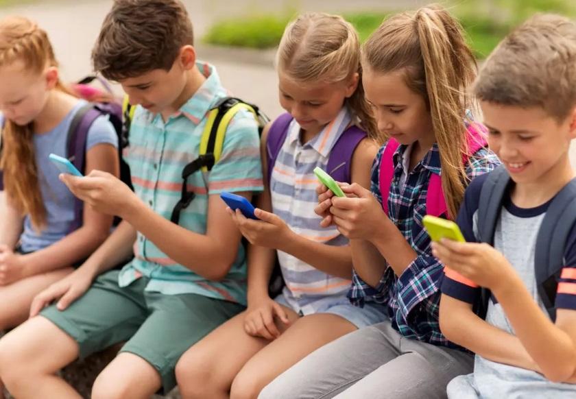 Quel forfait de téléphone choisir pour votre enfant ?